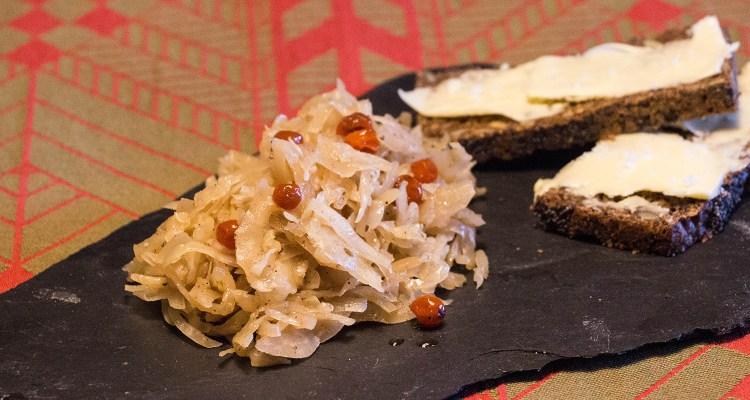 Surkål er et dejligt alternativ til rødkålen
