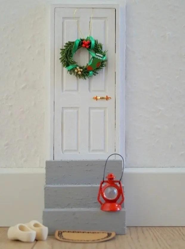 Sådan laver man en nissedør til jul