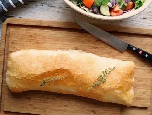 Butterdejsstang med skinke og ost