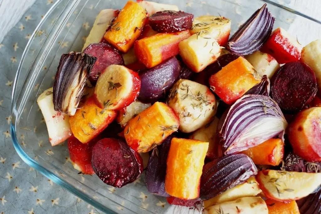 Bagte rodfrugter i ovn