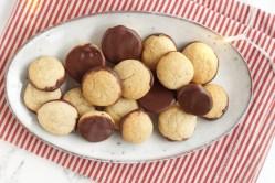 pebernødder med chokolade