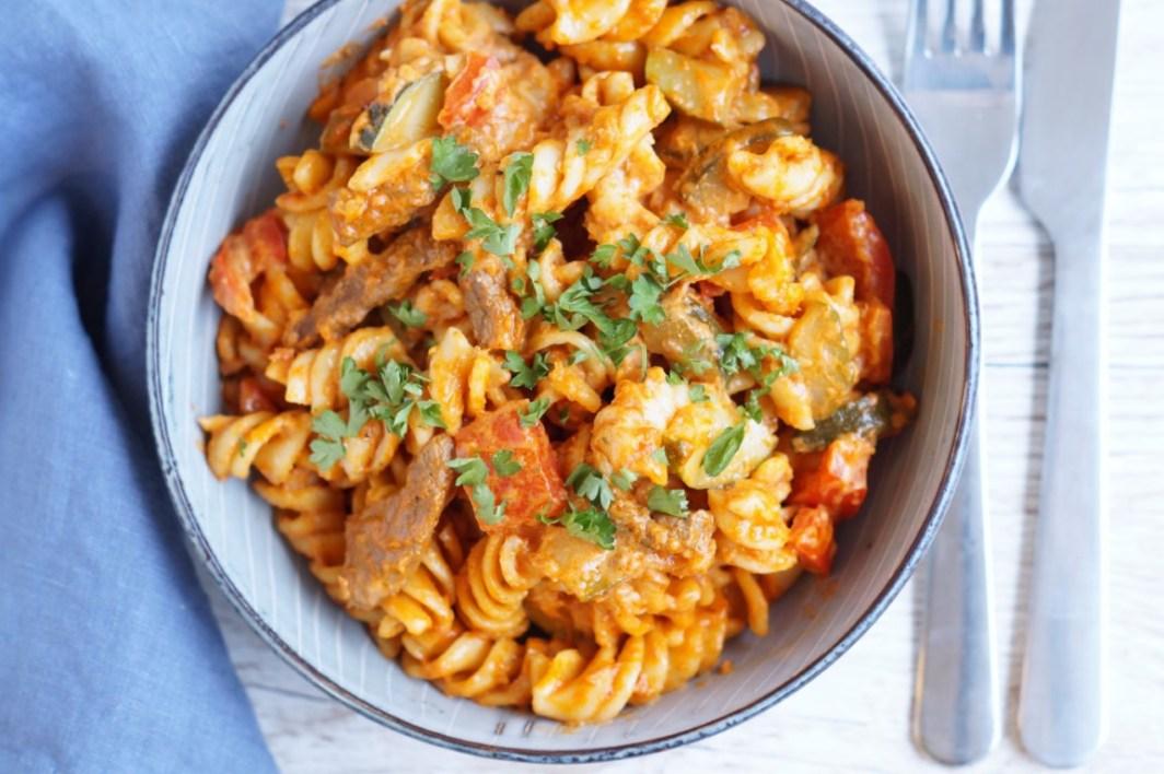 pasta med oksekød