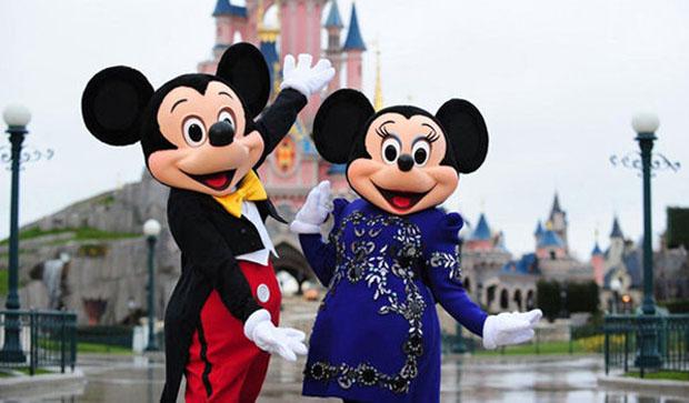 Un défilé de mode à Disneyland Paris ! Disney couture