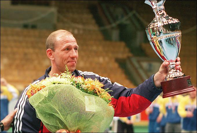 L'unico vincitore di tre medaglie d'oro olimpiche nella pallamano