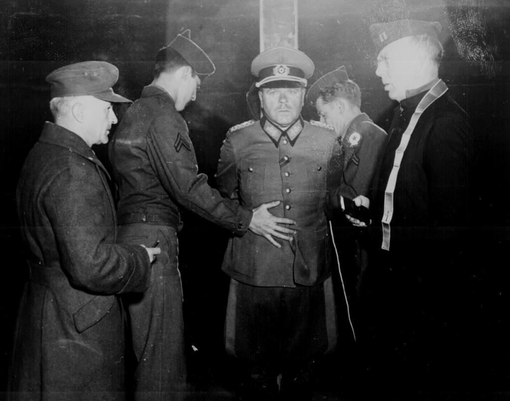 Anton Dostler: il generale tedesco fucilato ad Aversa