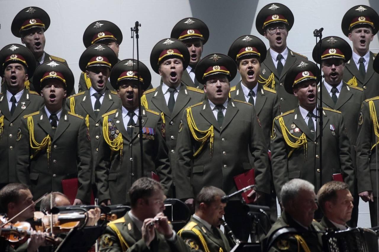 Il Coro dell'Armata Rossa canta opere liriche italiane in sostegno ai cittadini italiani colpiti dal coronavirus