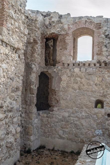 CastilloBarajas0115