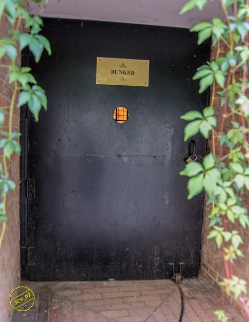 bunker02