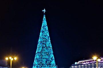 Vianočný stromček na námestí Sol