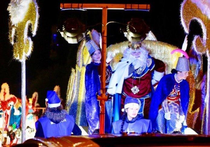 En fotos - Así fue la Cabalgata de Reyes de Las Rozas 1