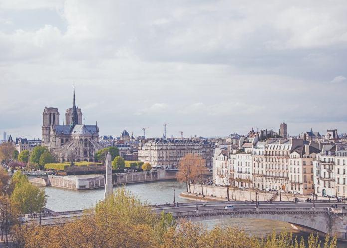 Ay, la Catedral de la Almudena, nuestra Notre Dame 1