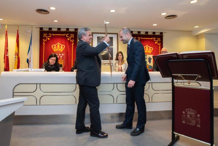 Álvarez Ustarroz, nuevo alcalde de Majadahonda con el apoyo de Vox 1