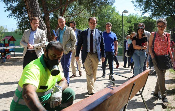 Primeras medidas de Almeida en limpieza: un «plan de choque» con 500 nuevos operarios 2