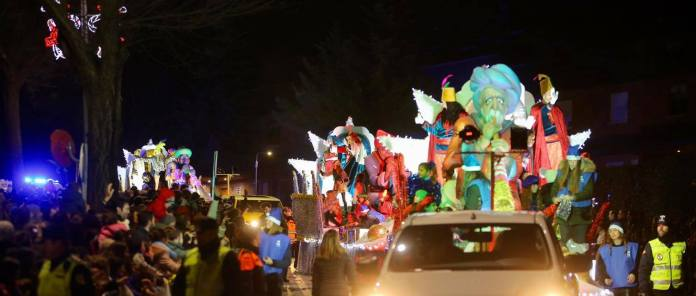 En imágenes | Los Reyes Magos llevaron la ilusión a Las Rozas y Las Matas 5
