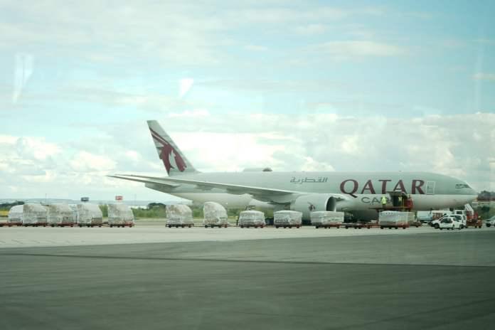 Llega a Barajas el primer avión de la Comunidad de Madrid con 58 toneladas de material sanitario 1