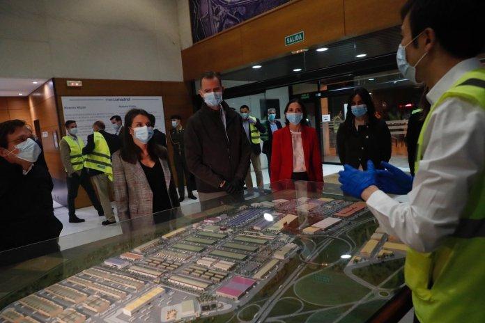 Felipe y Letizia visitan Mercamadrid: un recorrido 'real' a las 5:30 am 2