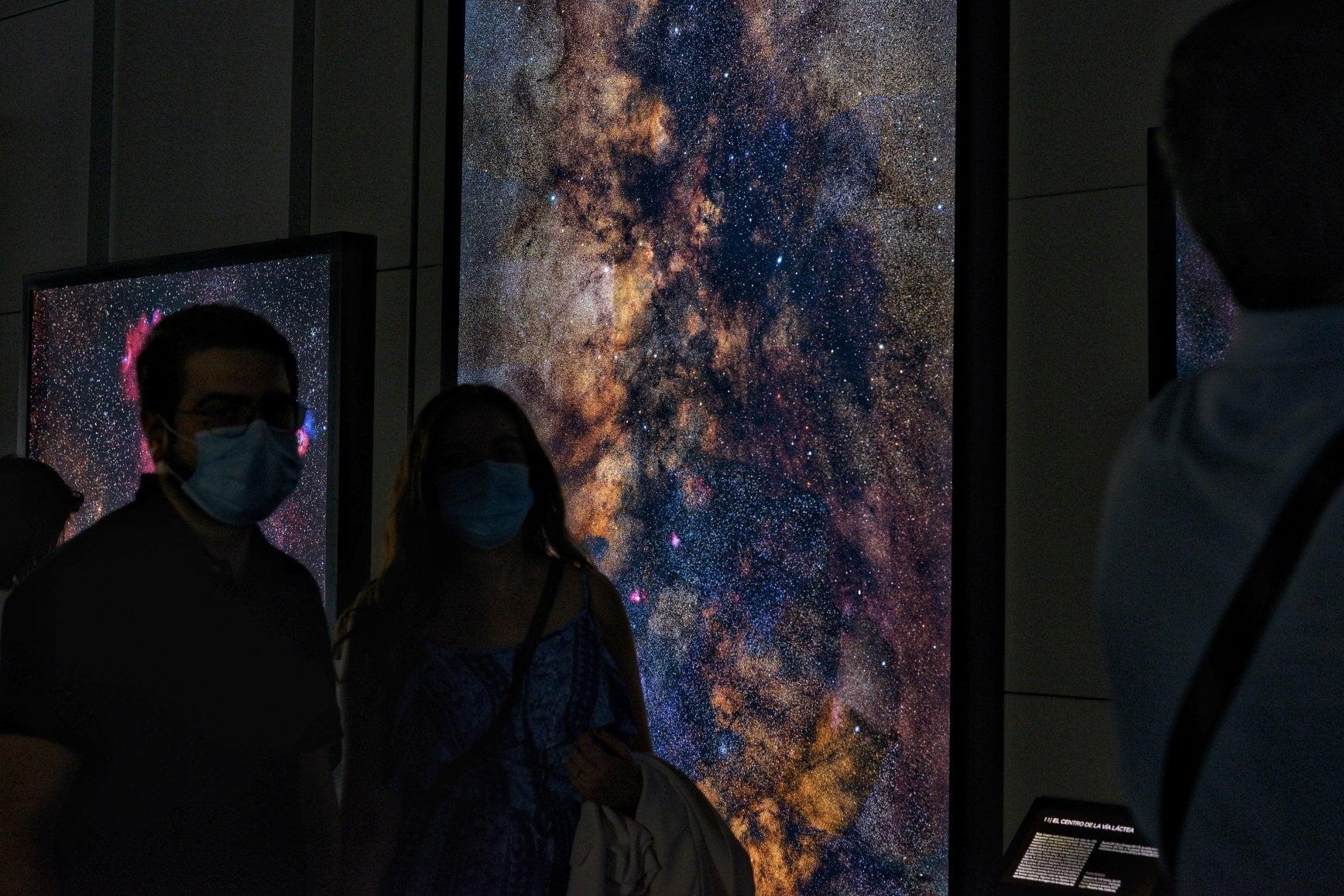 Regreso al espacio profundo en el Planetario 4