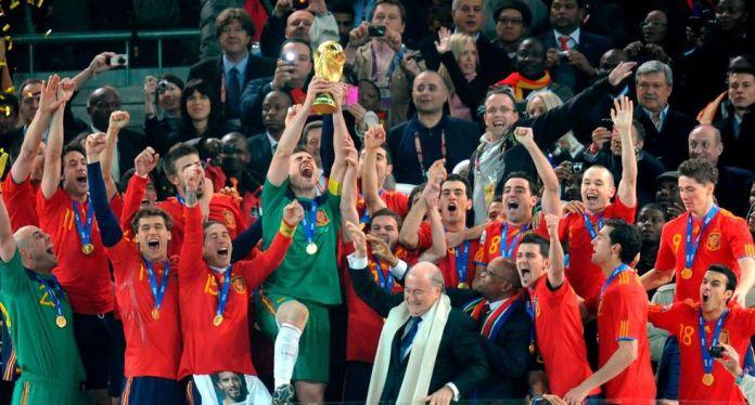 La copa del mundo de Sudáfrica vuelve a Colón 10 años después 1