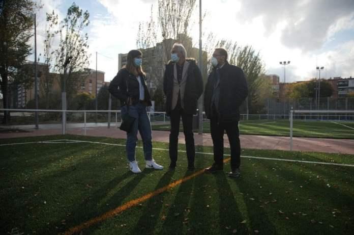 Los campos de fútbol del Luis Aragonés estrenan césped artificial 1