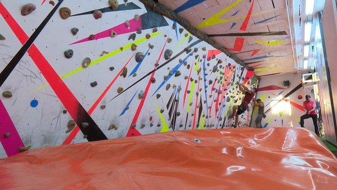 Sala de escalada bajo techo en Sanse