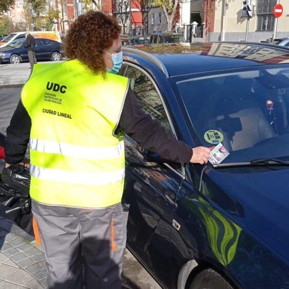 Ciudad Lineal retira la publicidad de prostitución