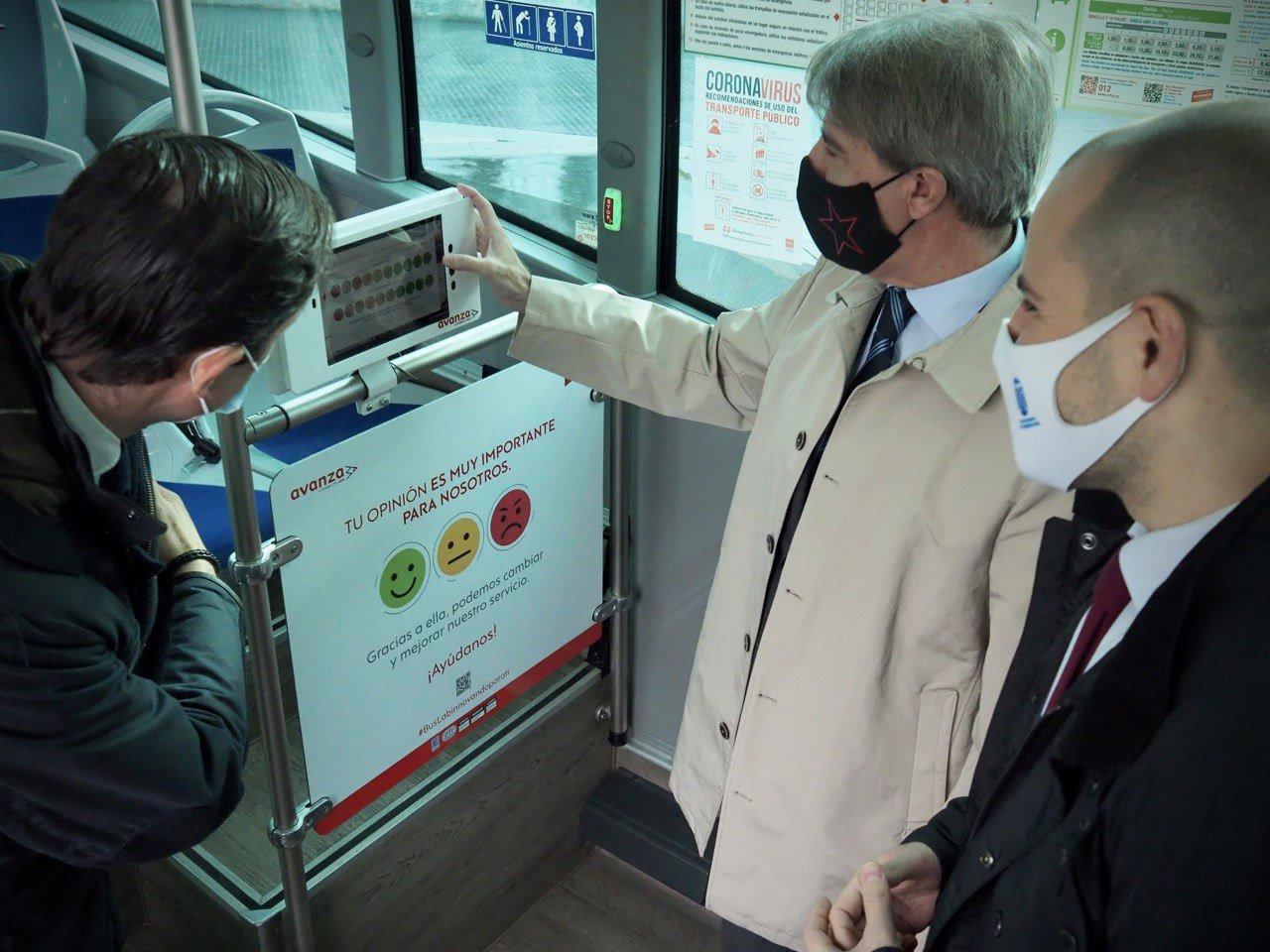 Buslab, el primer autobús laboratorio que da servicio en Madrid 1
