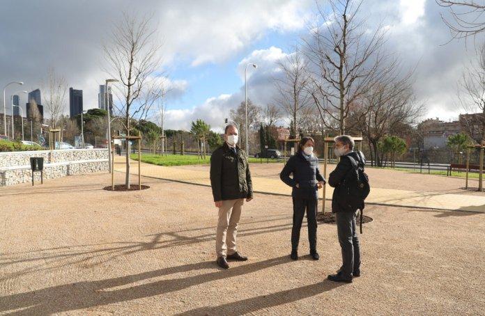 El nuevo jardín de Ribadavia abre sus puertas en el barrio del Pilar 3