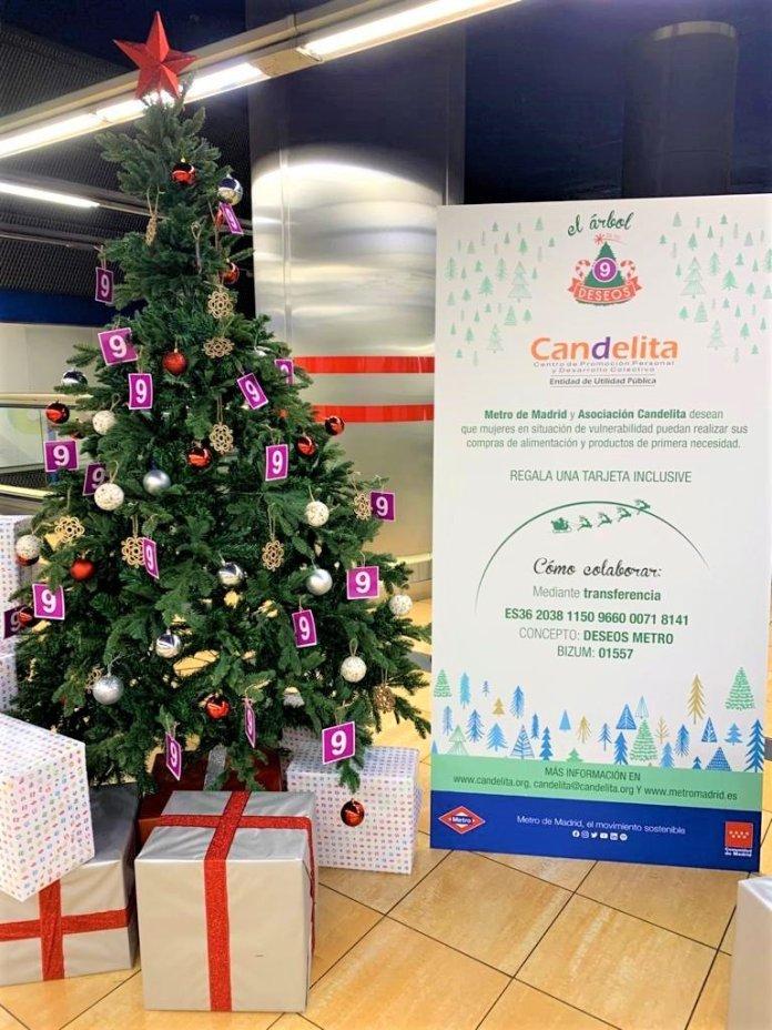 Un Metro, doce causas: un árbol de Navidad solidario en cada línea 10