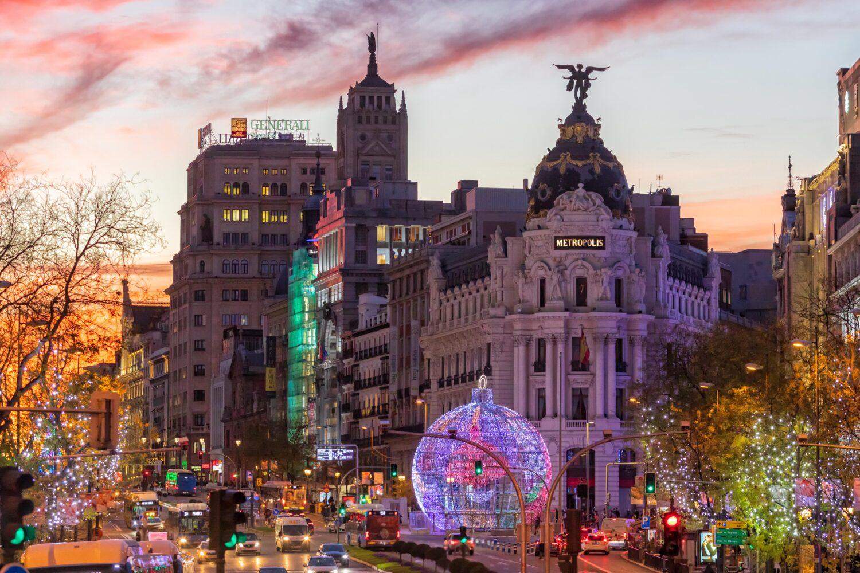 Los Reyes Magos llenaron Madrid de ilusión y esperanza 15