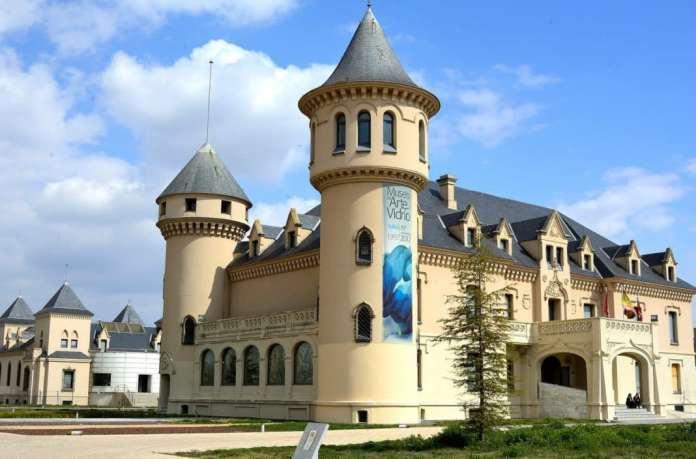 El Museo de Arte en Vidrio de Alcorcón abrirá también en fin de semana 4