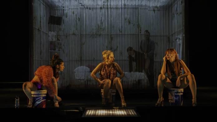 prostitucion teatro naves del español