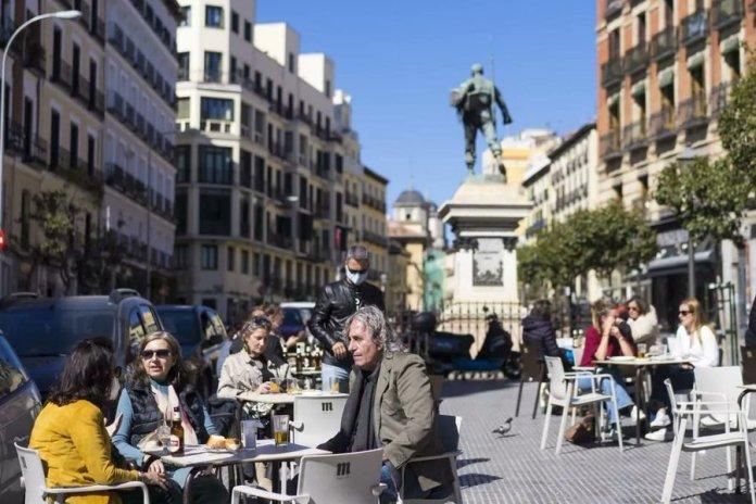 Madrid establece restricciones en 2 nuevas ZBS de la capital y 6 municipios 1