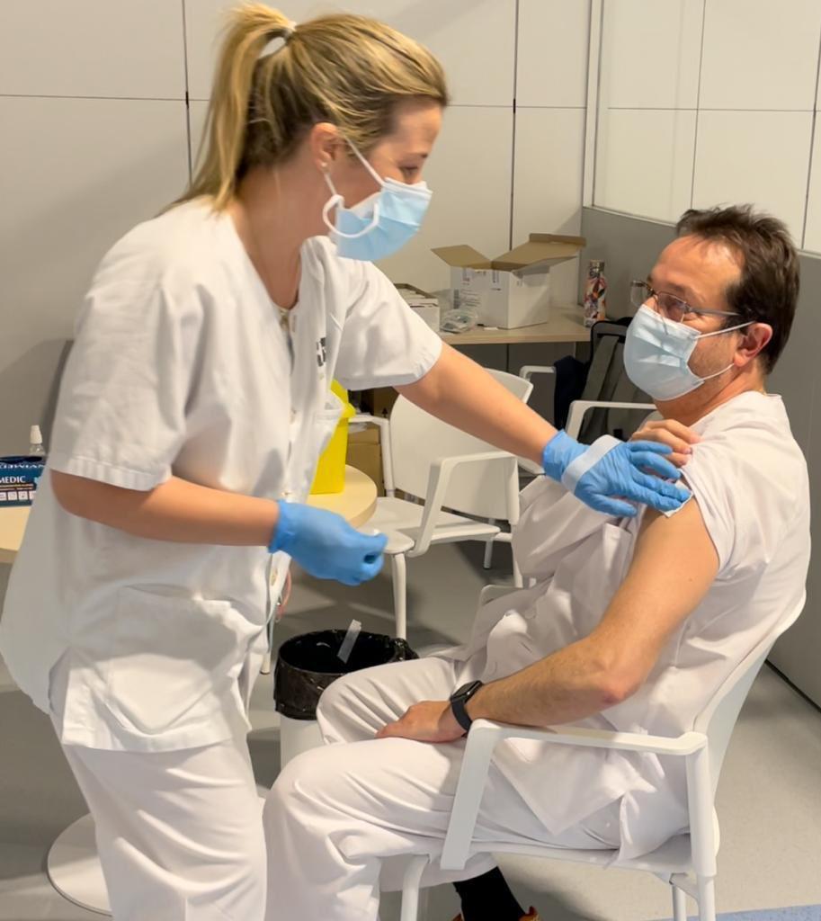 Madrid retoma la vacunación con AstraZeneca en el Wanda y el Zendal 4