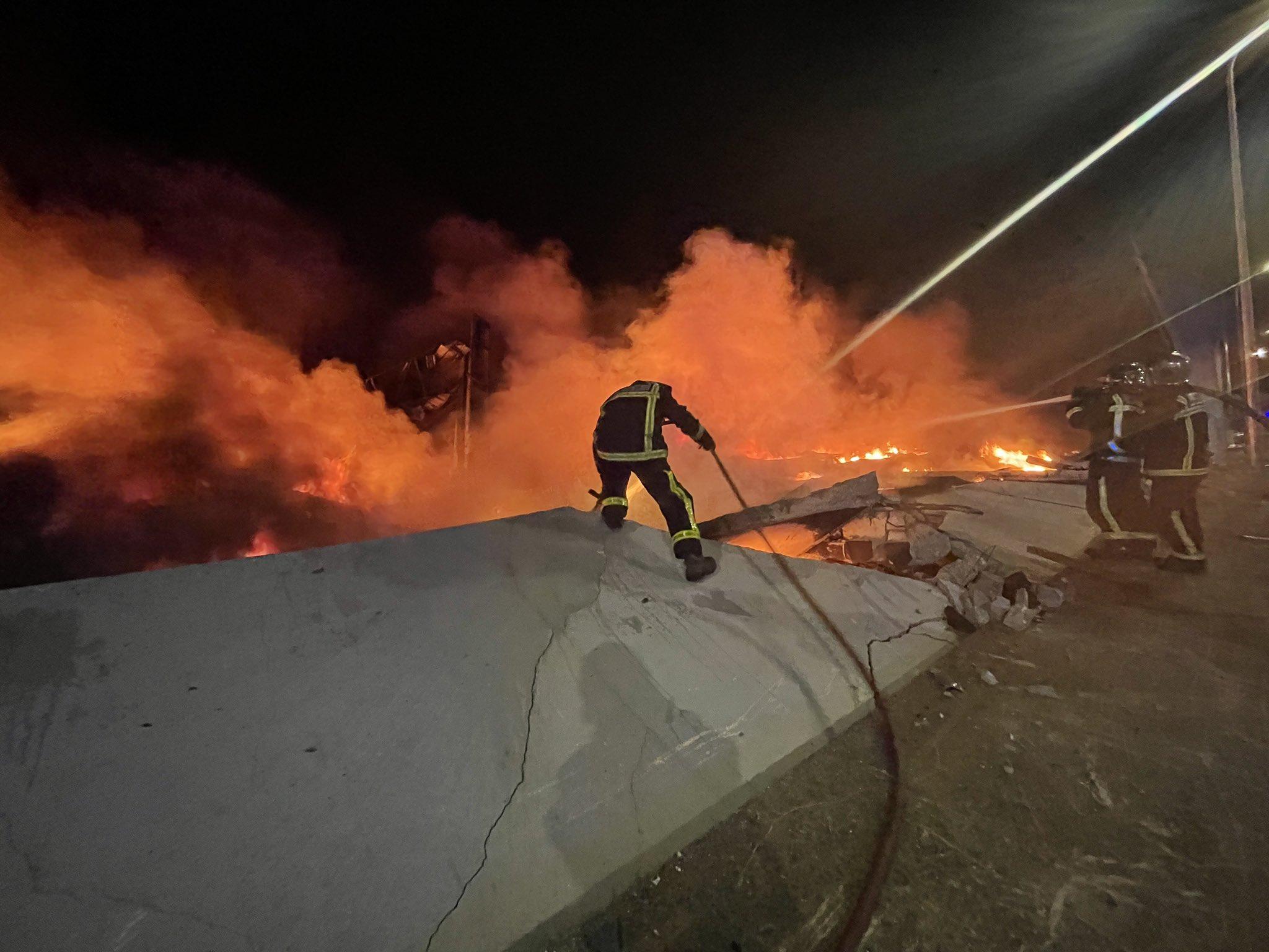 Bomberos de Toledo confirman que el incendio de Seseña está controlado 6