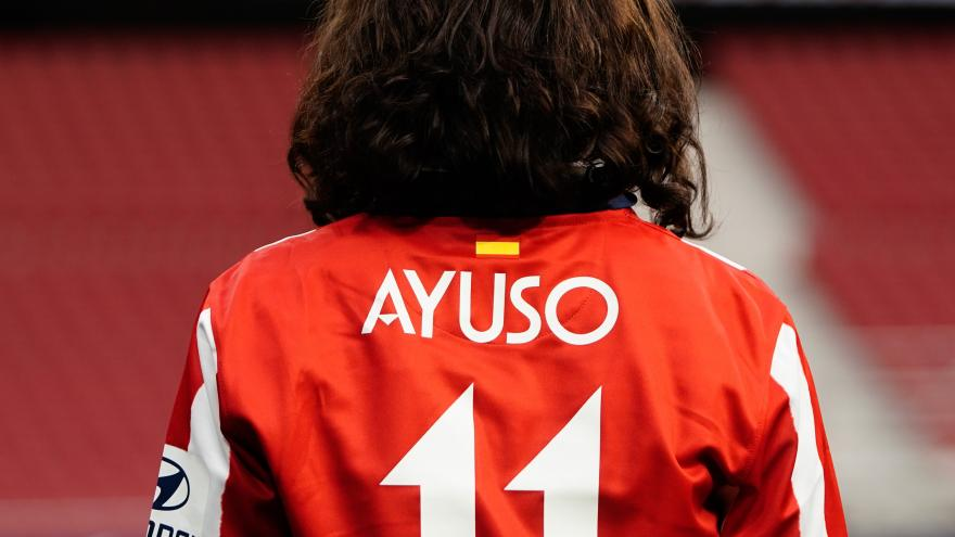 Ayuso y Almeida celebran la 11ª Liga del Atlético de Madrid 3