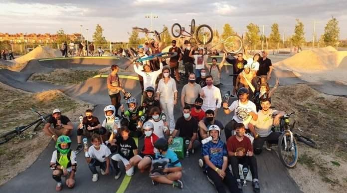 Moratalaz inaugura un bike park en la Cuña Verde de O'Donell 2