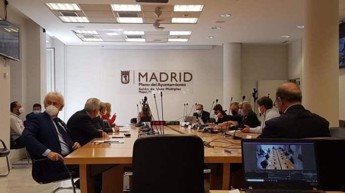 El PSOE exige el fin de las carreras ilegales de coches en Entrevías 1