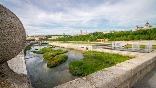 Inaugurado el puente de la Reina Victoria, una obra maestra de la ingeniería española