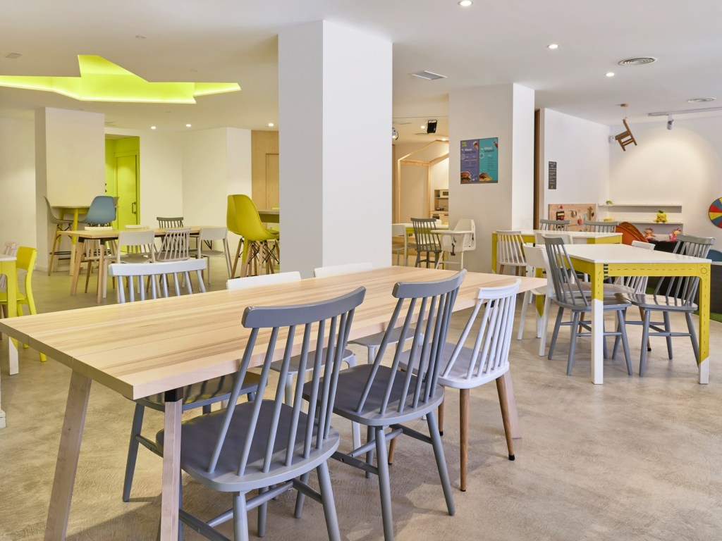 Cafeteria con Ludoteca 1 1