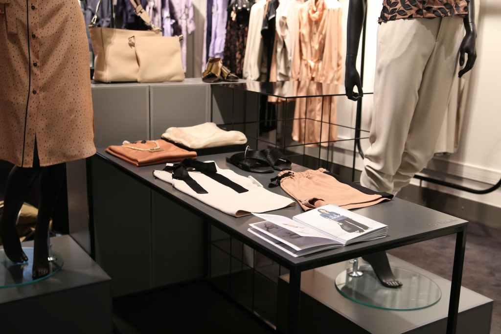 Licencia de actividad y apertura tienda de ropa y moda 11 1024x683
