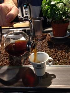 mokka-school-and-shop-cafe-en-madrid-06