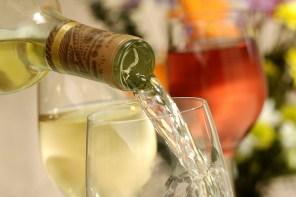 5 vinos y un vermut para recibir la primavera