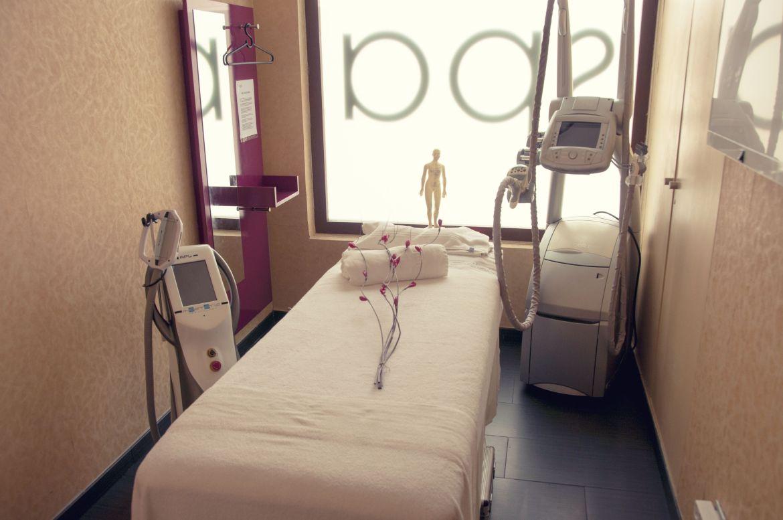 Spa, estética, masajes y rayos UVA - Cabina individual estética y masajes