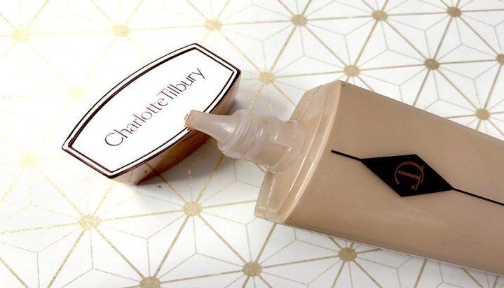 charlotte tilbury review wonderglow review magic cream review base light wonder review goddess skin clay mask review es buena la base de charlotte tilbury 2