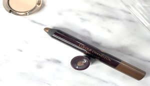charlotte tilbury review maquillaje airbrush flawless finish opinion labiales charlotte tilbury opinicon pillowtalk 6