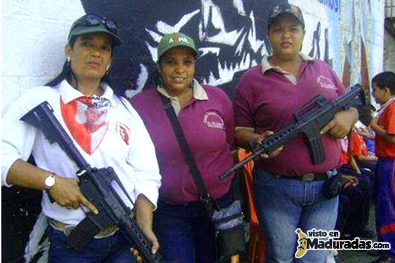 Violencia en Venezuela Educadoras armadas