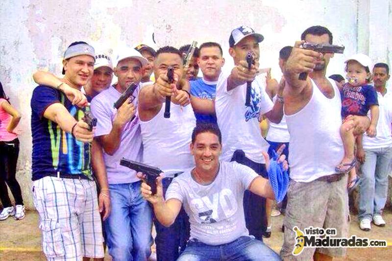 violencia en venezuela, carceles venezolanas presos armados