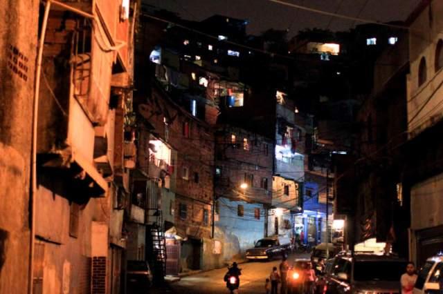Barrios-de-Venezuela-Caracas-Inseguridad-Violencia-800x533