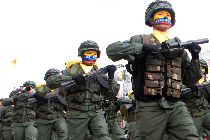 Militares-Venezolanso-FANB-GNB-Fuerza-Armada-02-28-2015-2-800x533