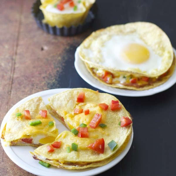 Three ways to have your eggs!! These Baked Ham, Egg, and Red Pepper Stacks are an easy, 10 minute dish that is full of protein!